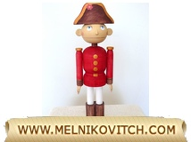 Nutcracker with removable stand